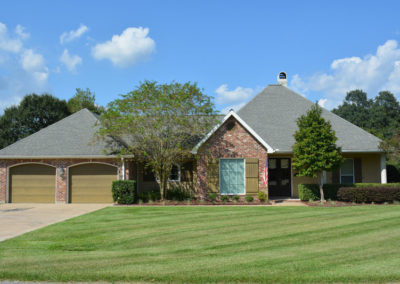 2409 Alcide Circle in Abbeville
