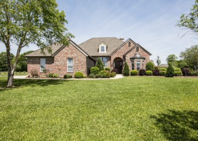 156 Fountainbleau Dr., Opelousas